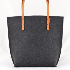 196713c713e05 Torebka Filcowa ze skórzanymi rączkami - grafitowa minimalistyczna torba z  rudą skórą